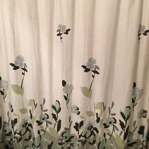 Other - Floral shower curtain